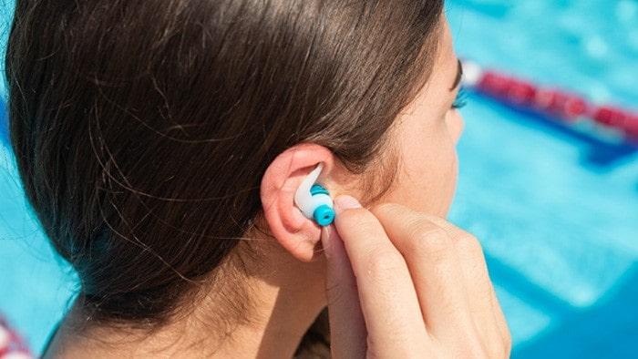 عوارض بیماری گوش شناگر